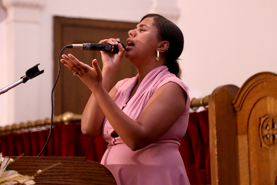 "Arise 2014 Sister Esther ""I Surrender All"" Live In Trenton NJ Video"